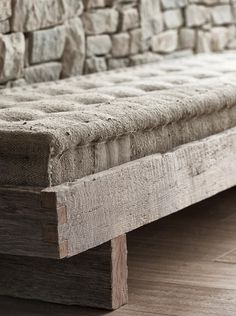 French mattress (looks a bit like burlap fabric but canvas drop cloth would work better for me) on rustic frame is a nice inspiration piece for crafters. Wabi Sabi, Mountain Villa, Burlap Fabric, Upholstery, Sweet Home, House Design, Pure Products, House Styles, Wood