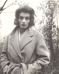 1961 Anouk AIMEE by Claude Schwartz