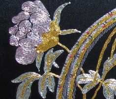 Hand made solid gold thread embroidery flowers and birds :: Su Embroidery