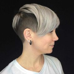 50 Best Pixie And Bob Cut Hairstyle Ideas 2019 - short-hairstyles - Undercut Pixie Haircut, Pixie Cut With Undercut, Pixie Cut With Bangs, Choppy Bob Hairstyles, Layered Haircuts, Pixie Cuts, Bob Haircuts, Hairstyles With Bangs, Weave Hairstyles