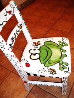 Hand painted furniture / childrens by JulesDoodles on Etsy This reminds me A LOT of something my creative and thrifty Aunt Deb would do. Painted Rocking Chairs, Hand Painted Chairs, Whimsical Painted Furniture, Hand Painted Furniture, Funky Furniture, Paint Furniture, Repurposed Furniture, Kids Furniture, Furniture Makeover
