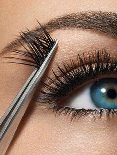 Make Eyelashes Grow - How to Grow Eyelashes - Marie Claire Semi Permanent Eyelash Extensions, Semi Permanent Eyelashes, Fake Lashes, False Eyelashes, Thick Eyelashes, Scene Makeup, Kiss Makeup, Hair Makeup, Makeup Tips