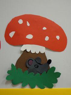 découpage et collage souris et champignon pour réaliser une frise. CP novembre