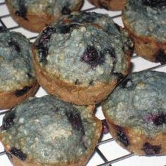 Dairy Free Blueberry Oatmeal Muffins - Ignore the blue coloring. they are seriously awesome and healthy Dairy Free Baking, Dairy Free Treats, Blueberry Oatmeal Muffins, Blue Berry Muffins, Mini Muffins, No Dairy Recipes, Other Recipes, Diet Recipes, Low Iodine Diet