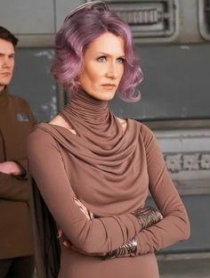 Amilyn Holdo- Star Wars: The Last Jedi