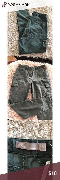 NWT Army Green Ankle Pants by ASOS Size 6 New with tags!  Ankle pants by Asos.  Skinny fit.  Army green color.  Size 6.  Inseam is 27.5 inches long.   Important:   All items are freshly laundered as applicable prior to shipping (new items and shoes excluded).  Not all my items are from pet/smoke free homes.  Price is reduced to reflect this!   Thank you for looking! ASOS Pants Skinny