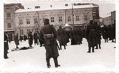 The Krakow Ghetto. http://www.HolocaustResearchProject.org