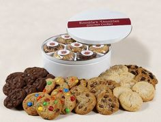 Soozies Doozies Soft and Rich Cookie Gift Tin. 42 Fresh Baked Cookies for All Occasions. - http://www.yourgourmetgifts.com/soozies-doozies-soft-and-rich-cookie-gift-tin-42-fresh-baked-cookies-for-all-occasions-2/