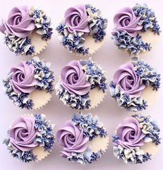 Elegant Cupcakes, Fancy Cupcakes, Floral Cupcakes, Pretty Cupcakes, Beautiful Cupcakes, Wedding Cupcakes, Hydrangea Cupcakes, Cupcake Bouquets, Blue Hydrangea