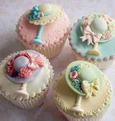 These are so pretty just makes me want to learn the art of #sugarcraft