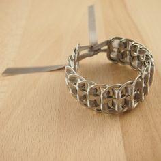 Bracelet canettes recyclés BUHO GRIS CLAIR latino. Bijoux fait main ethnique chic.