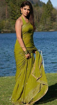 Exclusive stunning photos of beautiful Indian models and actresses in saree. Bollywood Actress Hot Photos, Indian Actress Hot Pics, Beautiful Bollywood Actress, South Indian Actress, Beautiful Actresses, Indian Actresses, Hot Actresses, Tamil Actress, Beautiful Girl Indian