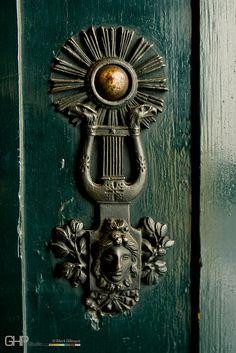 Art Nouveau door buzzer, Vienna