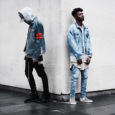 Mens streetwear clothing brands are rare to come by. Here are the best mens streetwear clothing sites to shop for mens clothing. These are the best men street styles you can copy as well or get inspiration. Streetwear is the new fashionable trend. Urban Apparel, Streetwear Jackets, Streetwear Fashion, Streetwear Clothing, Streetwear Brands, Style Noir, Mode Style, Fashion Mode, Urban Fashion