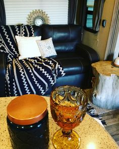 This Dark Blue and gold just may be my new gray and white! #homedecor #rvliving #rvlife #tinyhouse #tinyhomes #tinyliving #homeonwheels #rvlifestyle
