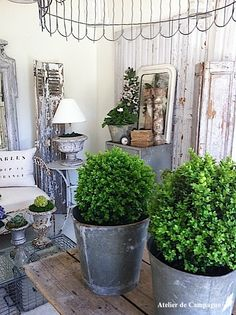 greige: interior design ideas and inspiration for the transitional home by christina fluegge: Atelier De Campagne. Outdoor Spaces, Outdoor Living, Outdoor Pots, Zinc Table, Transitional House, Santa Lucia, Romantic Homes, Farmhouse Chic, Country Farmhouse