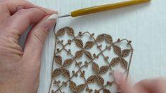 Background netting with leaflets and set of drp/p.Tog pan o Crochet Leaves, Crochet Motifs, Crochet Stitches Patterns, Crochet Doilies, Crochet Flowers, Diy Crafts Crochet, Crochet Projects, Irish Crochet, Knit Crochet