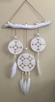 20 Unicorn Dream Catcher Diy for Decoration in Your Home - Doily Dream Catchers, Dream Catcher Decor, Dream Catcher Boho, Dreamcatcher Crochet, Crochet Mandala, Crochet Doilies, Doily Art, Doilies Crafts, Crochet Home