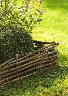 Ah, if only I had the time to make these, and an unlimited supply of free willow branches.