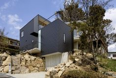 Krampon House / Shogo Aratani Architect & Associates