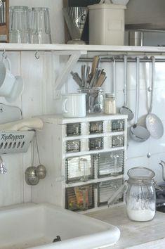 Kitchen sink.