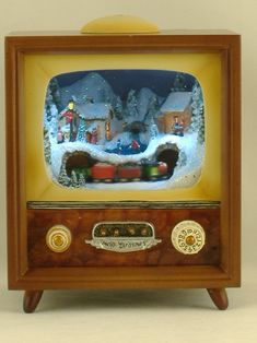 Vintage TV music box. I want to make one of these for my house!!!