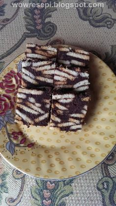 Resepi kek batik sudah menjadi fenomena dalam kalangan anak muda masa kini. Hal  ini demikian kerana, penyediaannya agak mudah, dan tidak me...