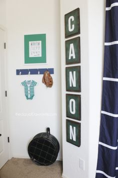 Nursery Wall Art - fun ideas for decorating small, awkward walls!
