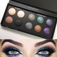 """"""" @japonesque Pixelated Palette, Loveee this!    CONGRATULATIONS @makeupbynmstudios on winning the new Pixelated Color Eye Shadow Palette …"""""""