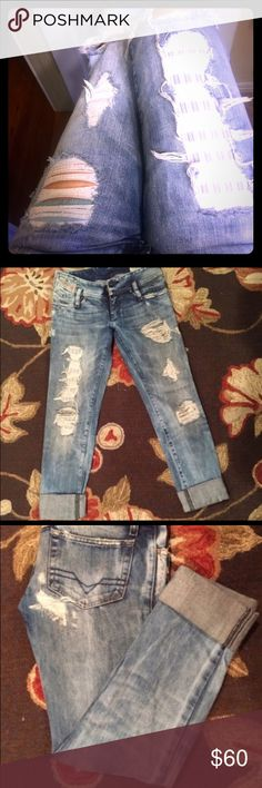 Diesel skinny distressed destroyed light wash Perfect condition limited edition deisel skinny cropped jeans. Cutest jeans ever Diesel Jeans Skinny