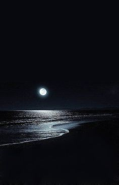 Searching For Moonlight Dark Wallpaper, Nature Wallpaper, Wallpaper Backgrounds, Iphone Wallpaper, Beautiful Moon, Beautiful Places, Ciel Nocturne, Moon Pictures, Moon Photography