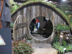 A Hobbit cottage! (The Hobbit)