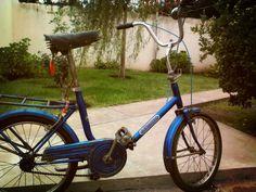 La bicicleta Aurorita que pertenecio a mi abuelo y a mi padre, ahora en restauracion.