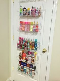 Amazing Small Bedroom Organization Tricks and Tips Use an over the door organizer for toiletries and other items.Use an over the door organizer for toiletries and other items. Organisation Hacks, Organizing Hacks, Home Organization, Perfume Organization, Perfume Storage, Hair Product Organization, Hair Product Storage, Cleaning Hacks, Diy Perfume Rack