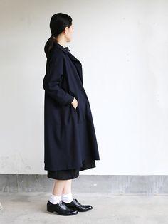 Button less coat 3