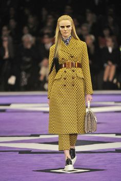 Prada --- what a fresh and daring color! Great contrast with the lavender carpet :)