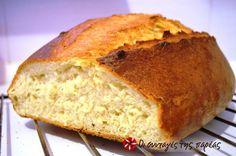 Σπιτικό ψωμί με τραγανή κόρα και αφράτη ψίχα #sintagespareas