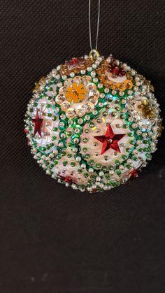 Christmas Balls, Christmas Ornaments, Holiday Decor, Diy, Home Decor, Christmas Baubles, Decoration Home, Bricolage, Room Decor