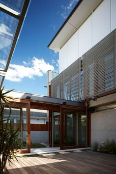 Freshwater House by Brewster Hjorth Architects | HomeDSGN, a daily source for inspiration and fresh ideas on interior design and home decora...