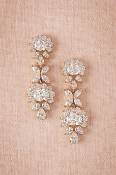 Gorgeous chandelier earrings http://www.theperfectpaletteshop.com/#!bridal-jewelry/crma