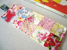 mousehouse: my creative space: a fabric bookmark