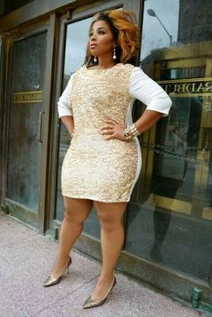 Curves never look this good..... Love this dress