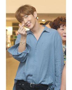 Lee Joongi, Lee Jun Ki, Your Name Anime, Joon Gi, Actors, Pretty Boys, Superstar, Button Up Shirts, Llamas