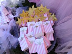 1st birthday party decorations princess twincess birthday theme - Hadley and London - These are favor boxes and princess wands!