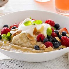 Oat and Quinoa Porridge with Berries