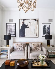 TOTALLY LOVING THIS GORGEOUS, ECLECTIC ROOM, WITH ITS' NEUTRAL COLOUR COMBO, FABULOUS CHAIRS, AWESOME COFFEE TABLE & INCREDIBLY STUNNING DECOR!! #️⃣
