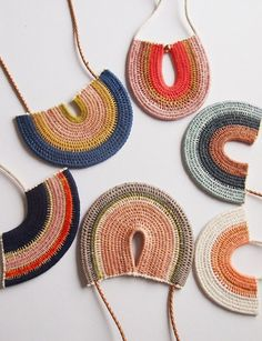 DESIGN SCOUT: New woven neck pieces from Ouchflower - We Are Scout : woven neck pieces by Melbourne designer Philippa Taylor of Ouchflower. woven neck pieces by Melbourne designer Philippa Taylor of Ouchflower. Textile Jewelry, Fabric Jewelry, Jewelry Art, Jewelry Design, Diy Schmuck, Schmuck Design, Crochet Accessories, Fashion Accessories, Neck Piece