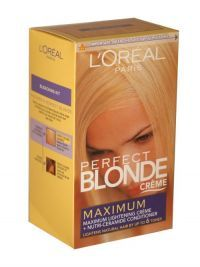 £4.99 - Loreal Paris Perfect Blonde Creme Maxiumum Bleaching Kit  Bleaching kit and nutri-ceramide conditioner - lightens natural hair by up to 6 ton