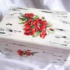 Cutie flori maci, cutie lemn cu design de flori de maci Maci, Decorative Boxes, Design, Home Decor, Decoration Home, Room Decor, Home Interior Design, Decorative Storage Boxes
