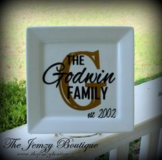 Personalized Last NameFamily Plate by TheJemZyBoutique on Etsy, $20.95